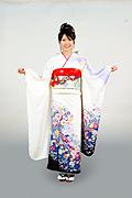 1253 白系 裾紫ラメ入り花丸前面写真