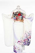 1253 白系 裾紫ラメ入り花丸背面写真